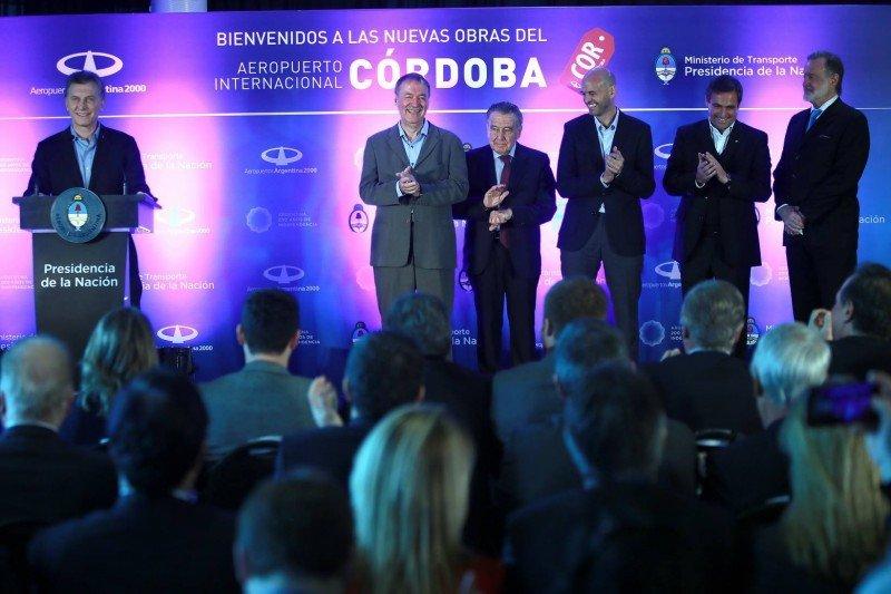 Macri encabezó la inauguración de las nuevas obras del Aeropuerto de Córdoba.