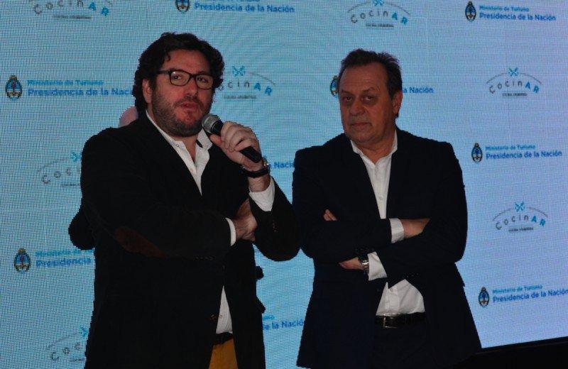 Ministro de Cultura, Pablo Avelluto y el Ministro de Turismo, Gustavo Santos.