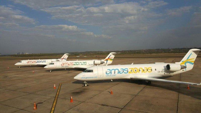 Aviones de Amaszonas, Amaszonas Paraguay y Amaszonas Uruguay en el aeropuerto de asunción.