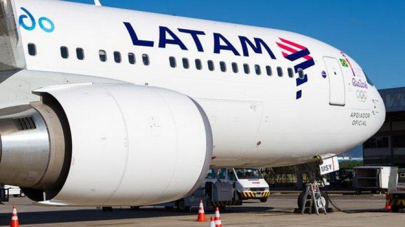 Latam Airlines redujo 111,3% sus ganancias el primer semestre