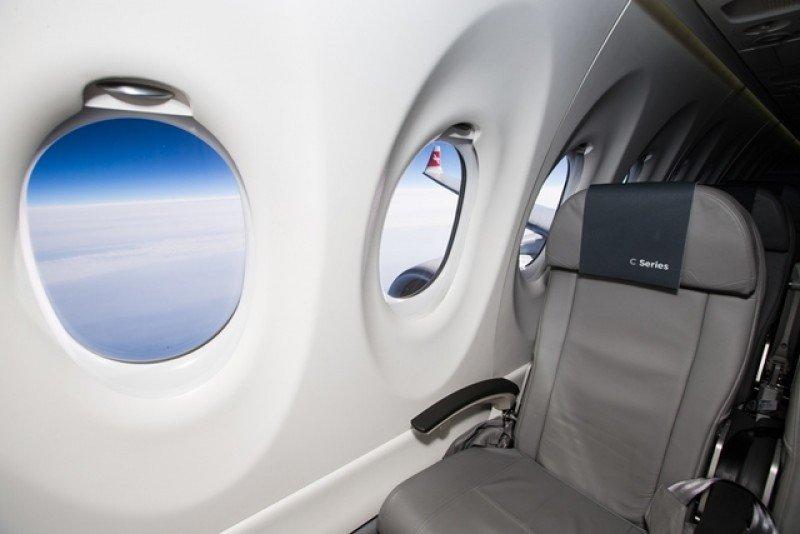 Las ventanas son 50% más grandes que las de muchos aviones de la competencia, afirman los responsables de Bombardier.