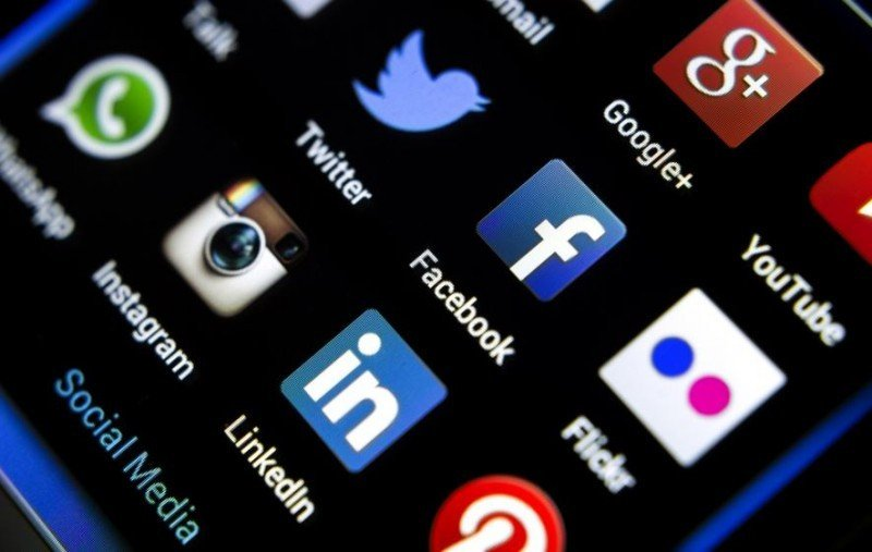 Usuarios de internet tienen en promedio siete cuentas en redes sociales