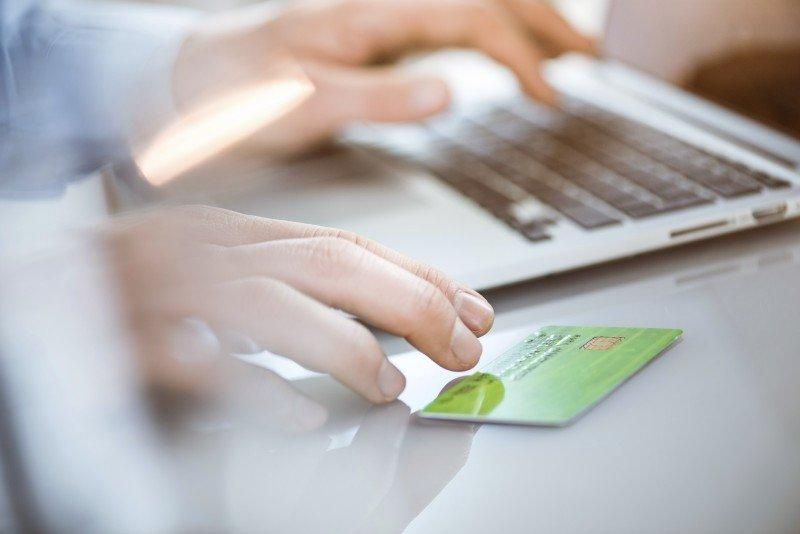 Amadeus suma herramienta de pago online de tickets aéreos en Argentina