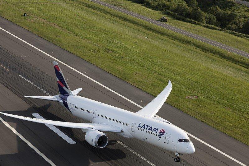 LATAM Airlines operará vuelos directos entre Santiago y Orlando