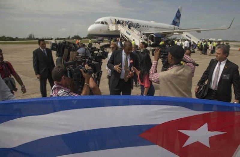 Aterriza en Cuba el primer vuelo regular procedente de EEUU en 55 años