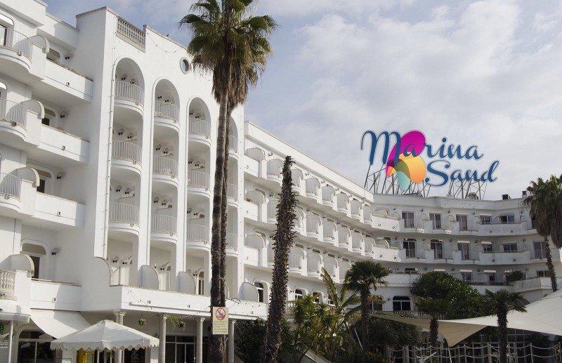 Endesa denuncia a cuatro hoteles de Lloret por fraude eléctrico