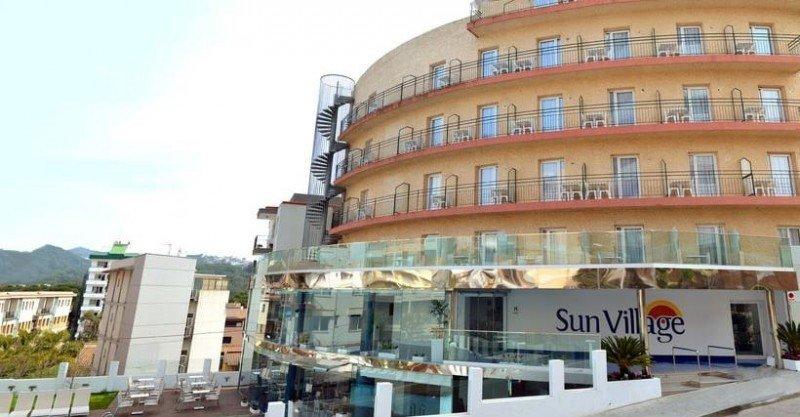 Los trabajadores de los hoteles cerrados en Lloret recibirán compensaciones