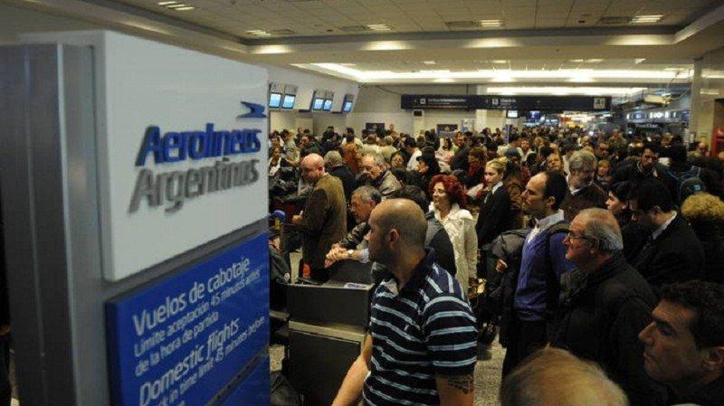 Huelga de pilotos en Argentina: reubicar a pasajeros llevará de 4 a 7 días