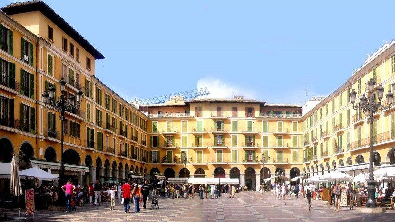 El Ayuntamiento cifra en más de 22.000 las viviendas turísticas en Palma