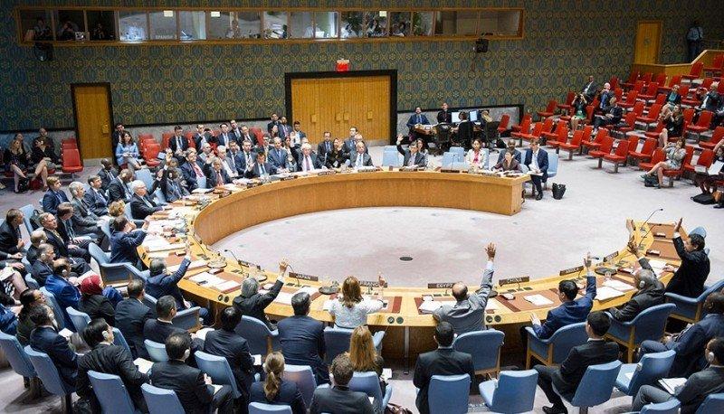 El Consejo de Seguridad adopta una resolución para proteger del terrorismo a la aviación civil (Foto: ONU/Rick Bajorna).