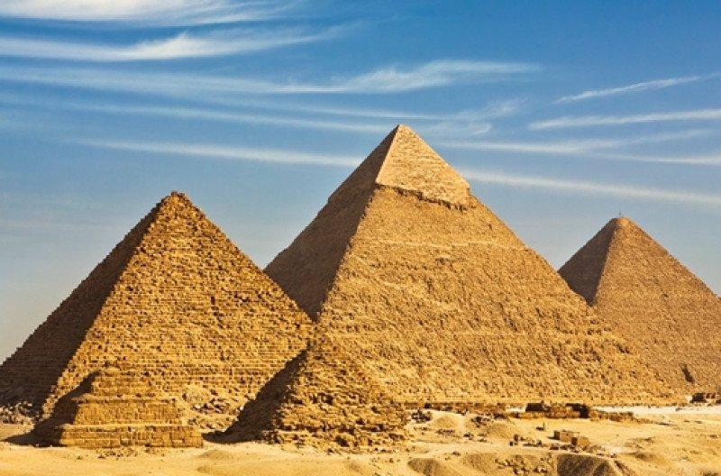 En 2010, Egipto recibía casi 15 millones de visitantes.
