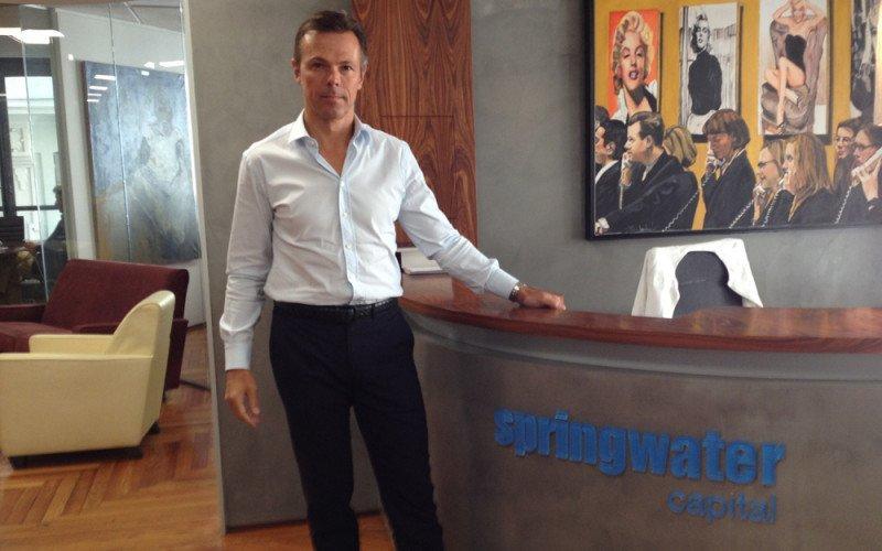 Martin Grushka, CEO de Springwater Capital.