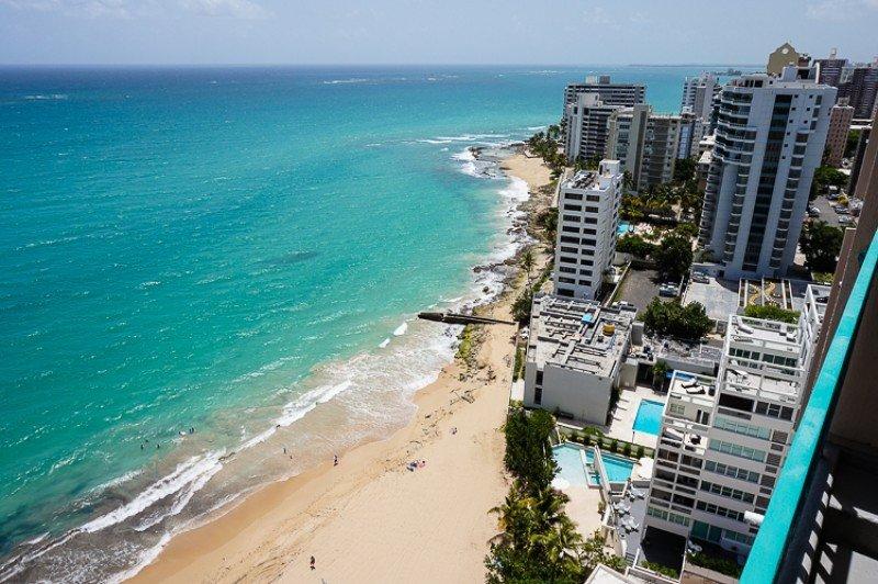 Puerto Rico sufre caída de la ocupación hotelera por miedo al zika
