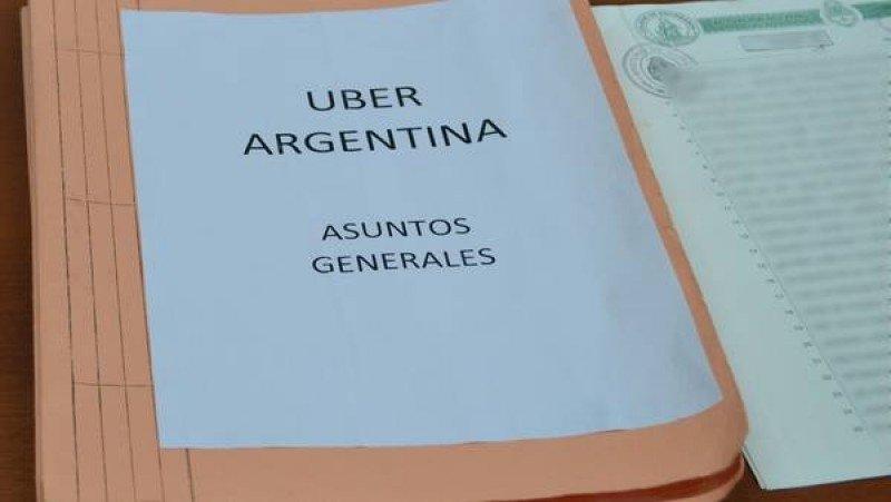Carpetas secuestradas. (Foto: Fiscalia de Buenos Aires/ Clarin)