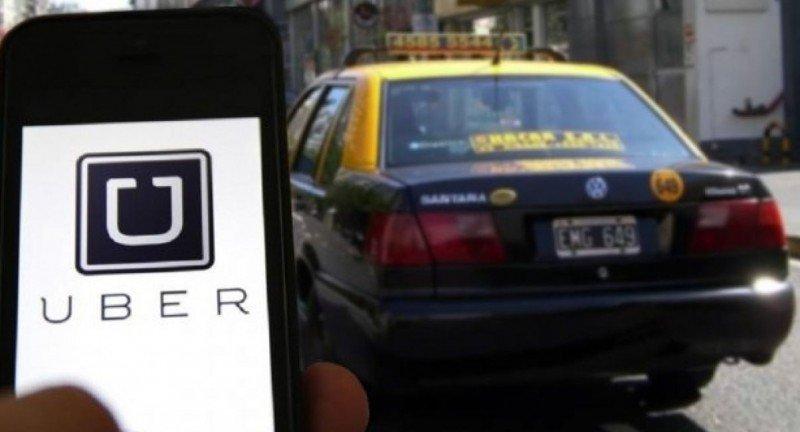 Pedirán prisión para conductores y gerentes de Uber Argentina
