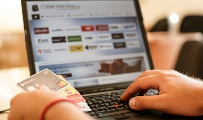 Argentina: Tickets de avión y hoteles son los productos más vendidos por internet