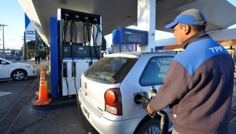 Turismo de Patagonia se une contra la eliminación del precio diferenciado en naftas