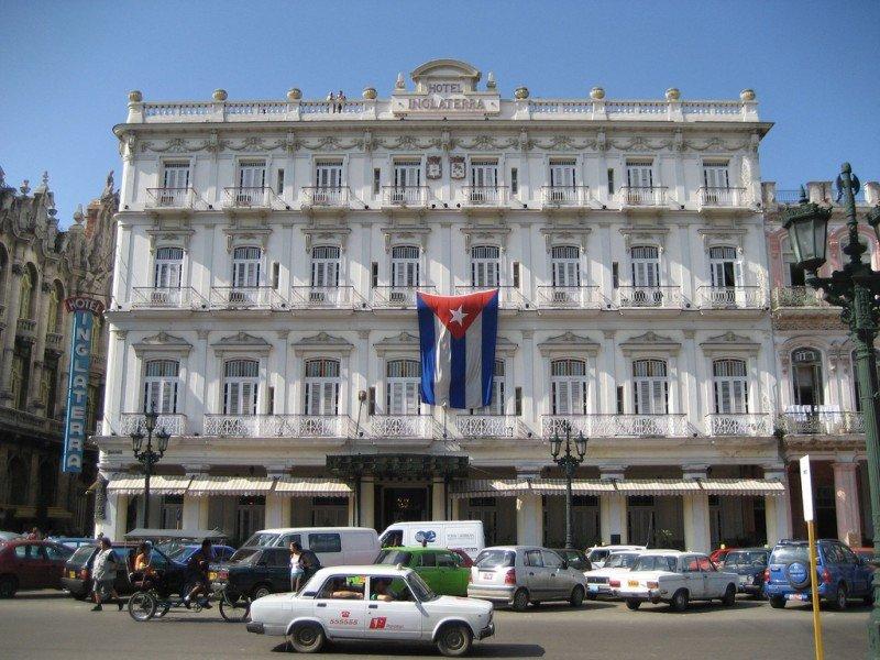 El Hotel Inglaterra de La Habana pasó a manos de Starwood pero la firma estadounidense no ha conseguido aún operar plenamente.