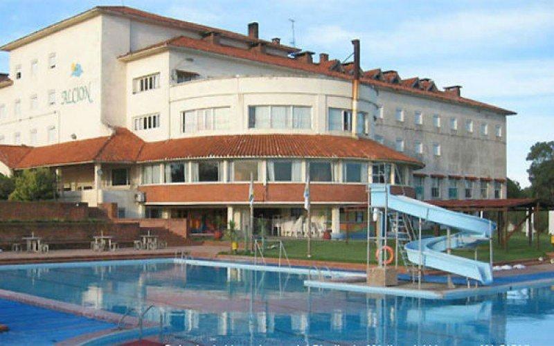 Costa Uruguay invertirá US$ 5 millones en refaccionar el Hotel Alción de Solís