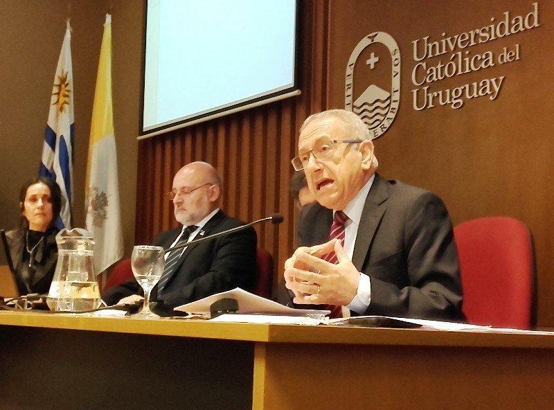 Eugenio Yunis estuvo en Montevideo con motivo del Día Mundial del Turismo.