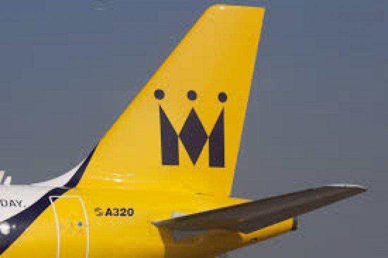 Monarch extiende su licencia para operar ante dificultades