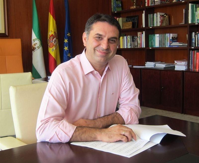 El consejero de Turismo, Francisco Javier Fernández.