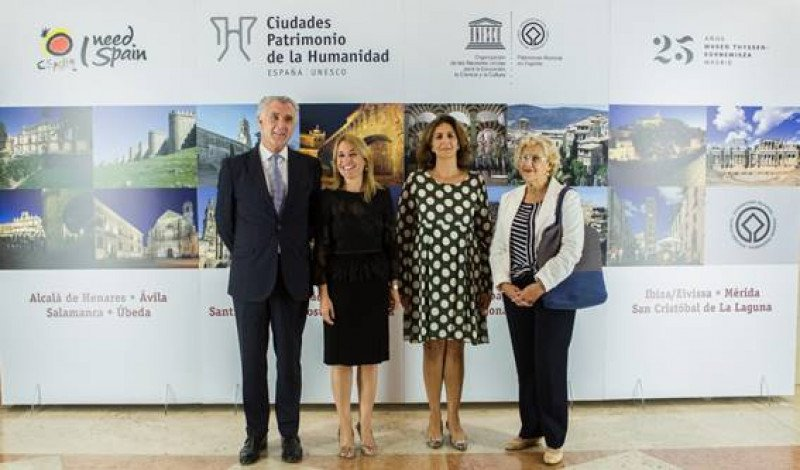La presentación se llevó a cabo en el Museo Thyssen y en ella estuvieron presentes el director gerente del centro, Evelio Acevedo;  la presidenta del grupo y alcaldesa de Cáceres, Elena Nevado;  la secretaria de Estado de Turismo,  Isabel Borrego, y la alcaldesa de Madrid, Manuela Carmena.