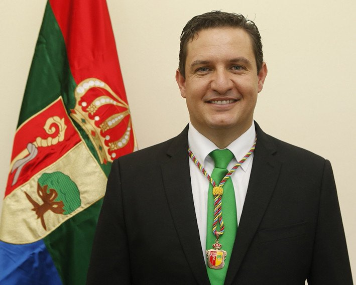 El alcalde de Arona, José Julián Mena.