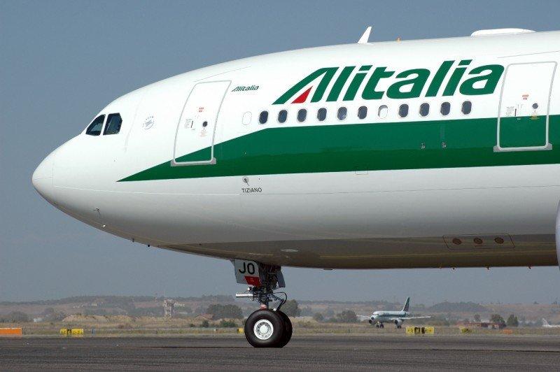 Las reservas con Alitalia, solo en el aeropuerto por unas horas