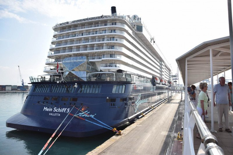 Récord en Valencia: 13 cruceros en una semana