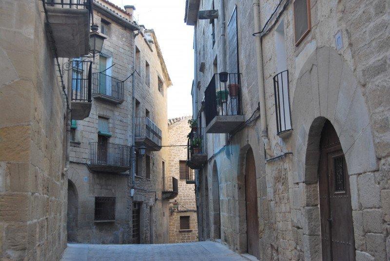 Hasta en un 500% ha aumentado la cifra de visitantes del municipio de Calaceite, en Teruel.