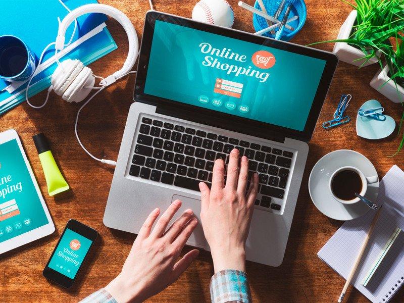 El E-commerce contextual como herramienta de distribución y venta para clientes en tiempo, lugar y segmento de mercado.