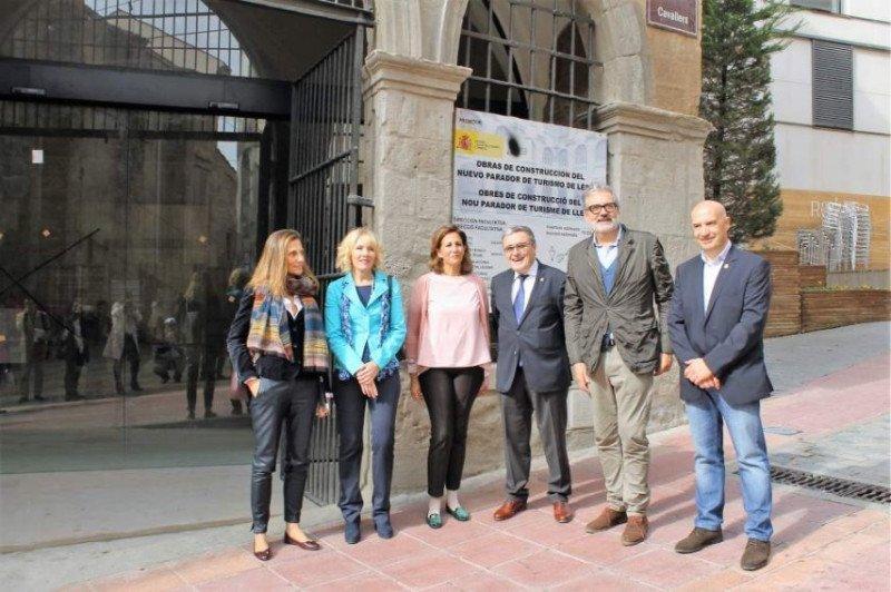 Visita de las autoridades a las obras del Parador de Lleida. Imagen: Subdelegación del Gobierno.