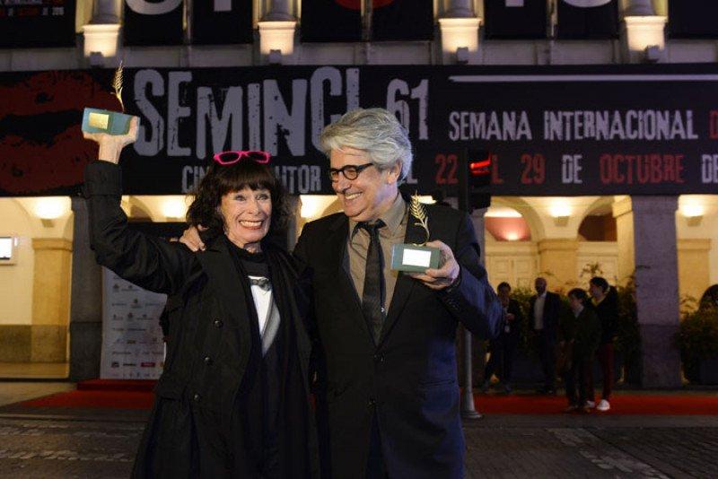 La actrizGeraldine Chapliny el ex director de la Filmoteca EspañolaChema Pradohan recibido esta semana el homenaje de la Semana Internacional de Cine de Valladolid