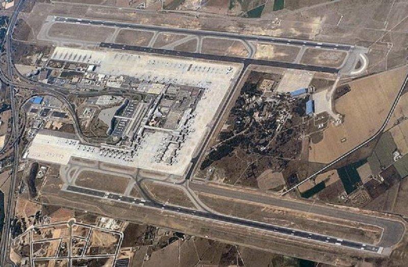 Vista aérea de las pistas del Aeropuerto de Palma de Mallorca.