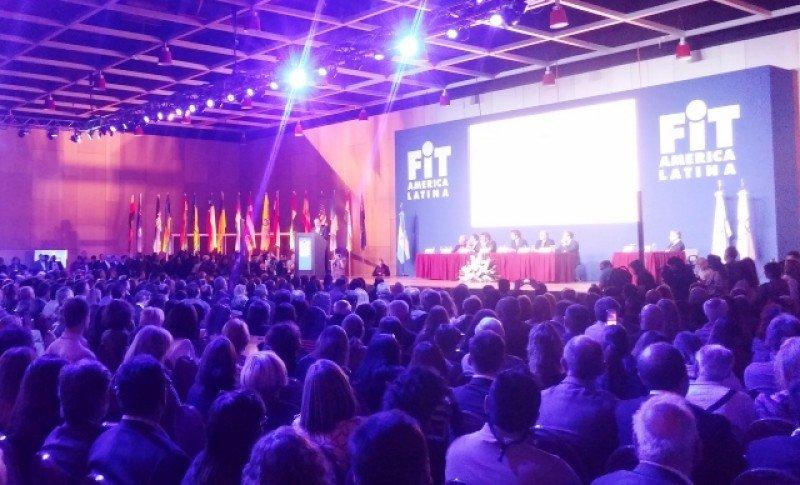 Industria del turismo de Argentina pide más esfuerzo para garantizar competitividad