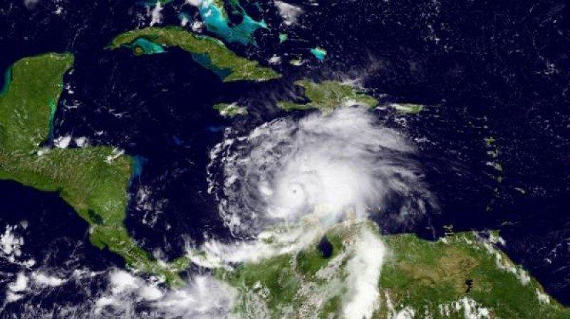 Cuba, Haití y Jamaica en alerta por poderoso huracán Matthew