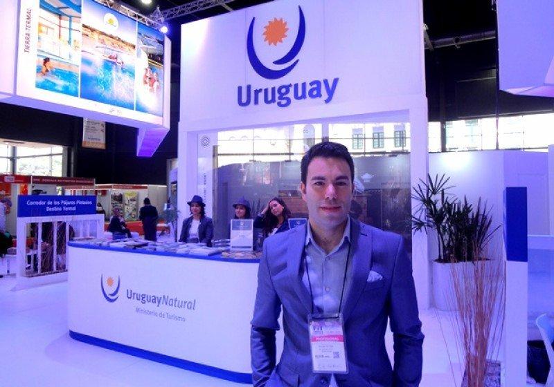 Nicolás Chiribao, gerente general del Hotel BIT de Montevideo en la feria FIT 2016.