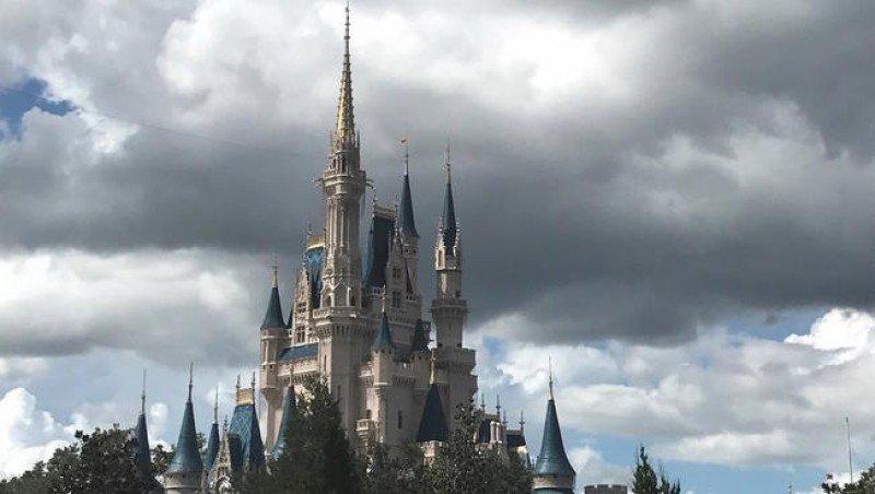 Parques de Orlando paralizados por huracán Matthew
