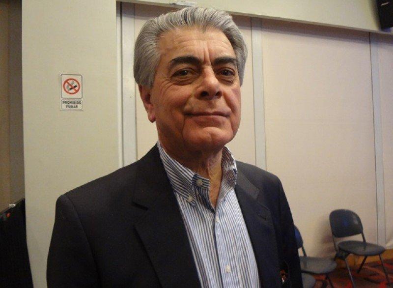 Alberto Alves representó a Brasil como ministro interino de Turismo en la FIT 2016.