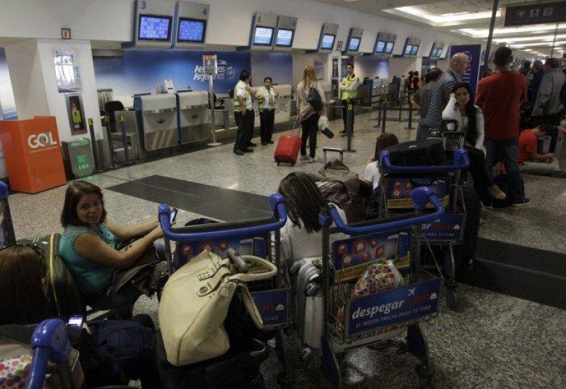 Trabajadores de LATAM y Aerolíneas Argentinas acatan conciliación obligatoria