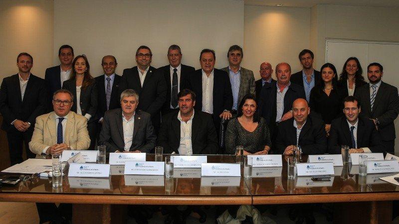 Firman acuerdo para vender Argentina a precios competitivos.