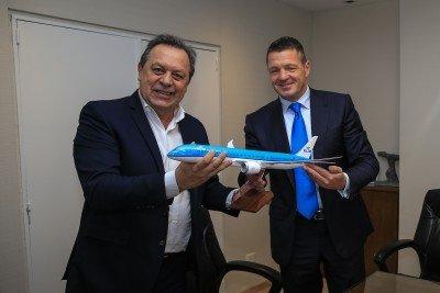 KLM incrementa 25% su oferta a Buenos Aires con una quinta frecuencia