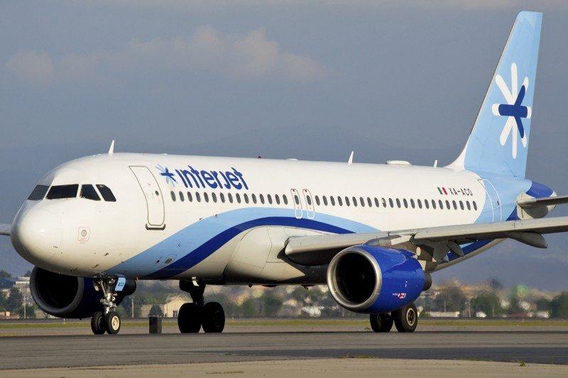 Interjet vendería participación a American Airlines o United