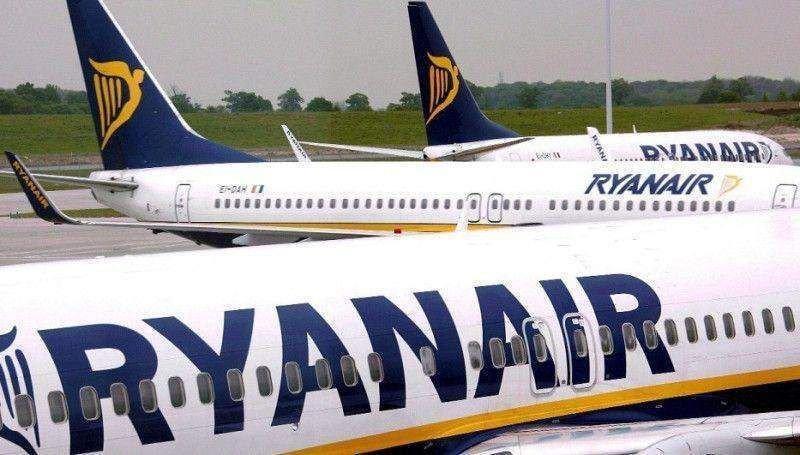 Ryanair aumenta sus beneficios un 7% con tarifas un 10% más bajas