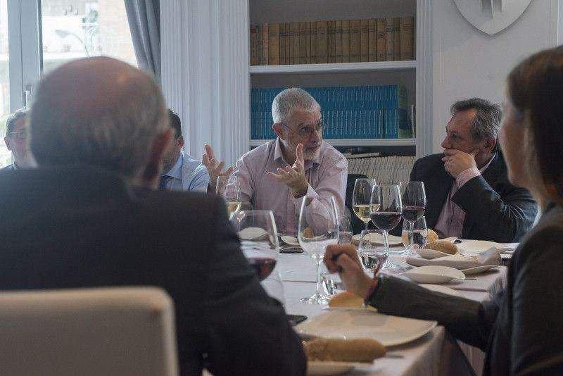 Benjamín Liberoff, en un encuentro con periodistas españoles en Madrid. Foto: Miguel A. Munoz Romero