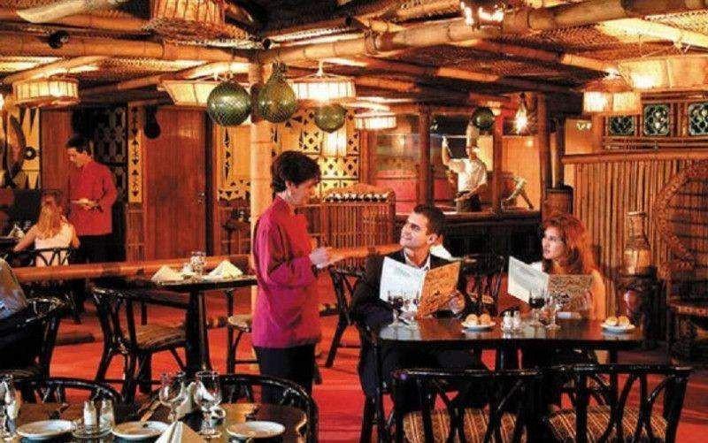Cuba reactiva la concesión de licencias para restaurantes privados en La Habana