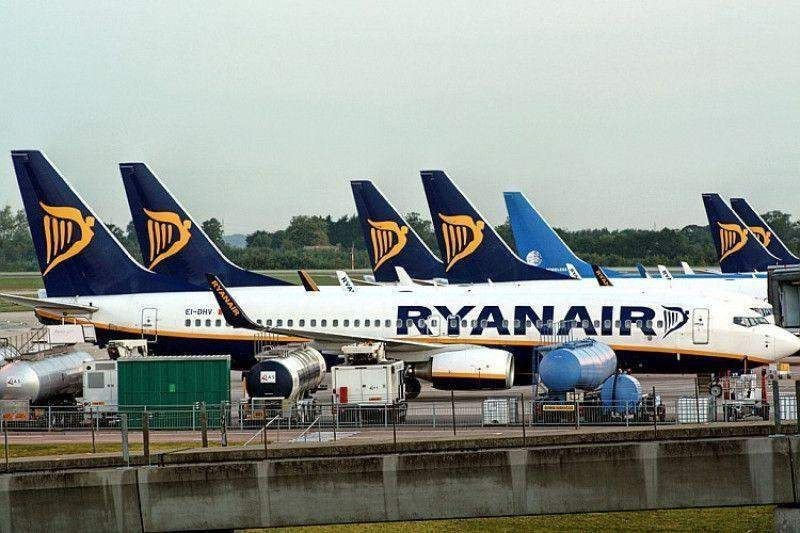 Ordenan a Ryanair y TUIfly reembolsar ayudas ilegales de un aeropuerto