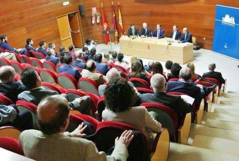 El Ayuntamiento pone en marcha nuevas iniciativas para reforzar el turismo de reuniones.