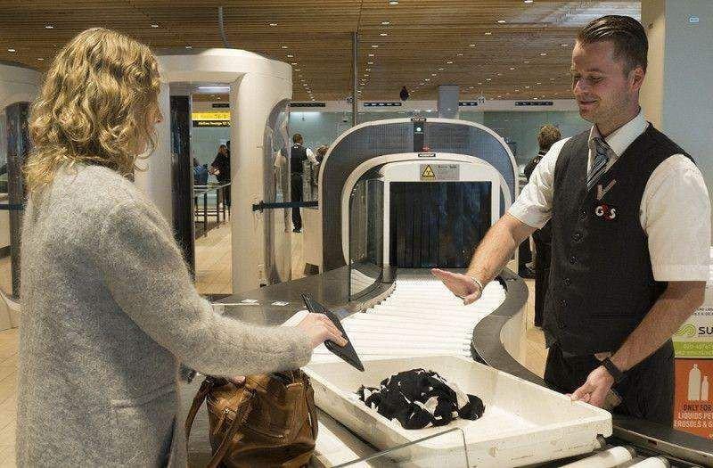 Novedoso escáner permite dejar líquidos y portátiles en el equipaje